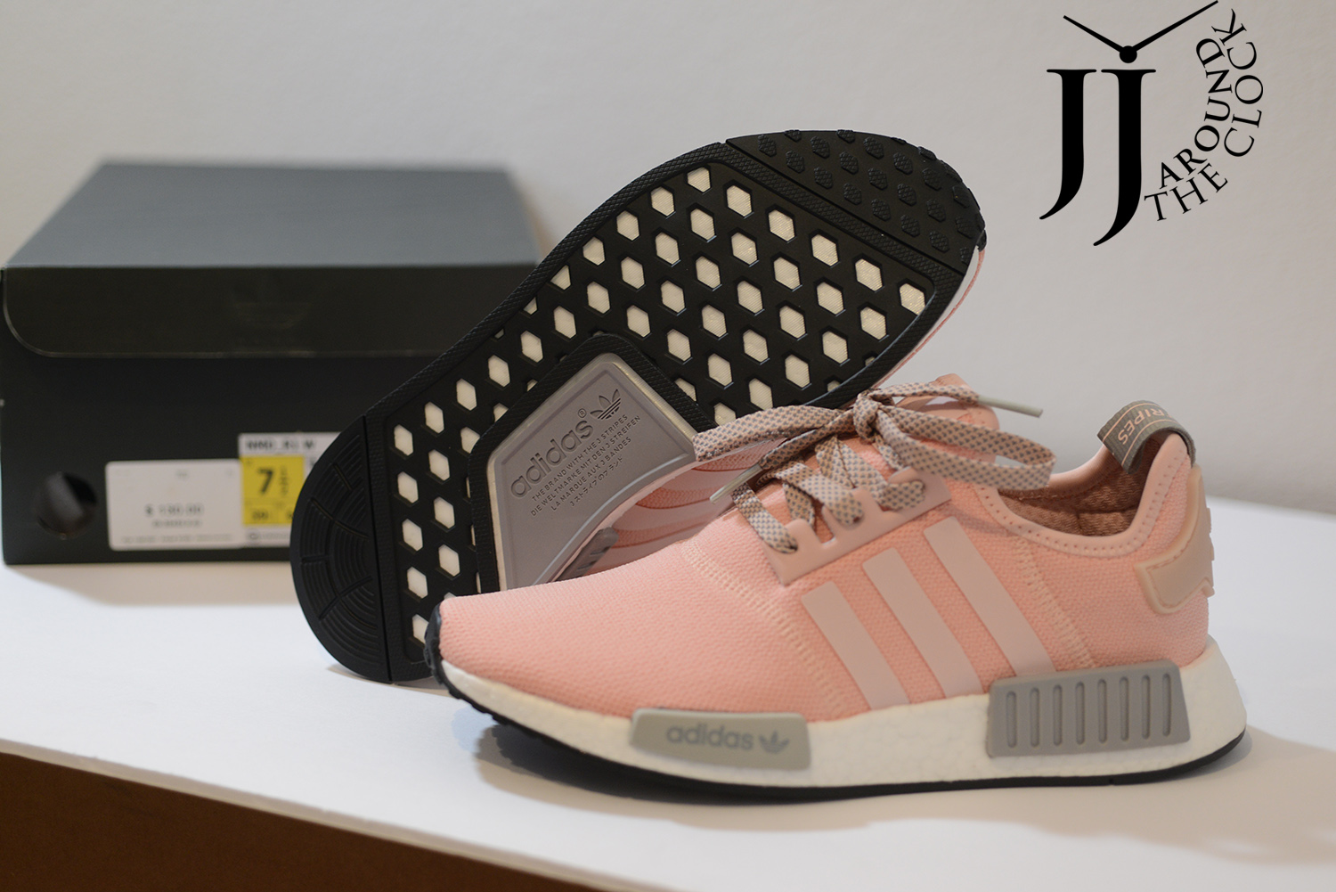 New Adidas Women Nmd R1 Clear Onix Vapour Pink Grey Boost